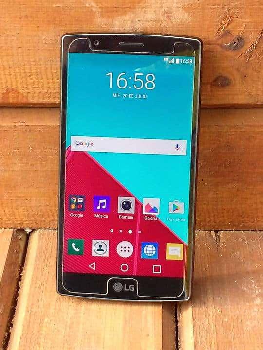Handy von LG mit geretteten Android Daten