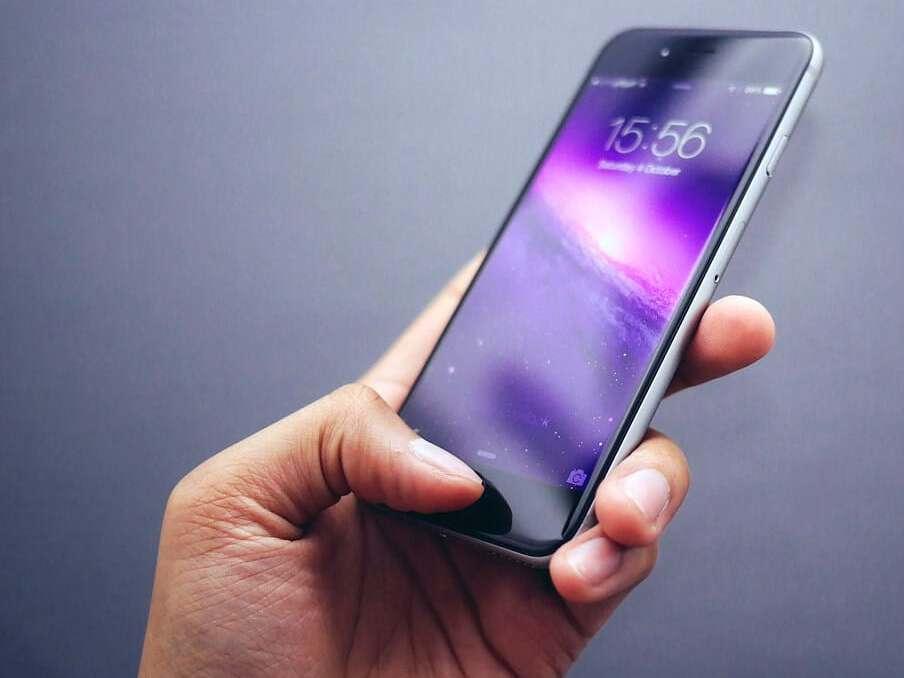 iPhone mit funktionaler Speichereinheit